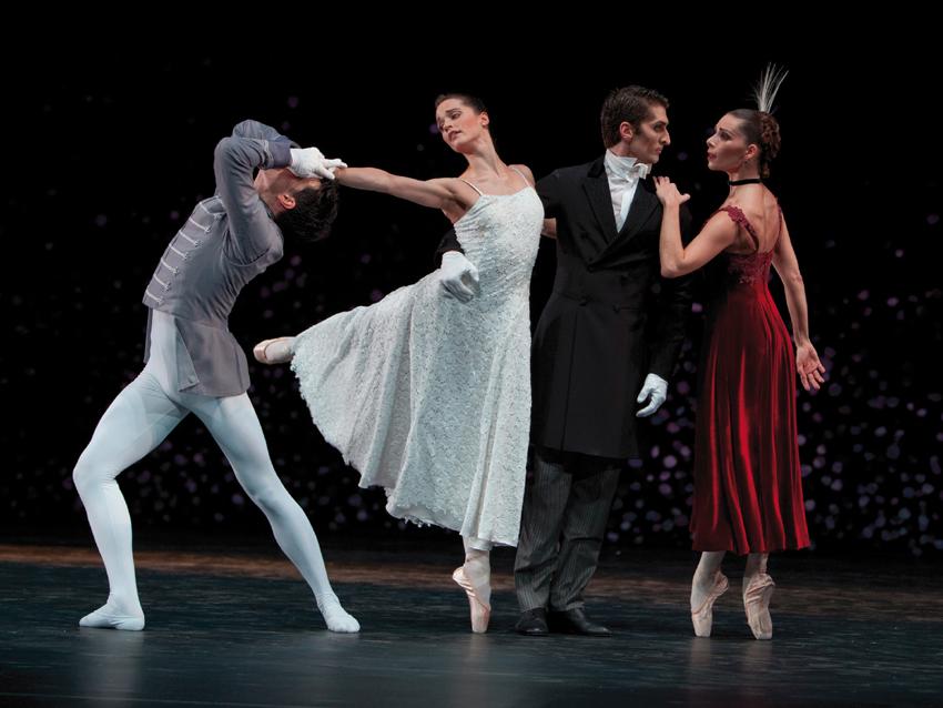 Ballet am rhein martin schl pfers feierte premiere for Antony tudor jardin aux lilas