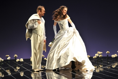 Andrej Dunaev (Alfredo), Olesya Golovneva (Violetta Valéry) , © Hans Jörg Michel.