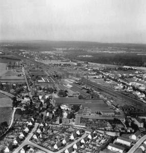 Die Hahn'schen Werke in Großenbaum: 1966 wurden die Hochöfen stillgelegt. Foto: ZZB.