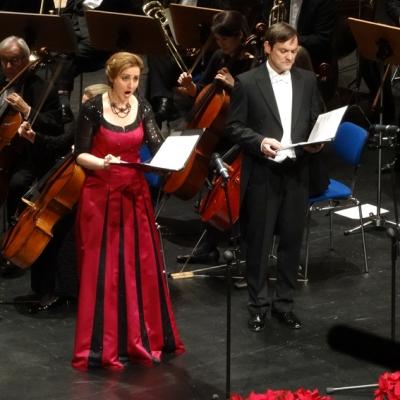 Die Solisten Antje Bitterlich (Sopran) und Andreas Hermann (Tenor) beim Weihnachtskonzert 2014 im TaM. Foto: Petra Grünendahl.