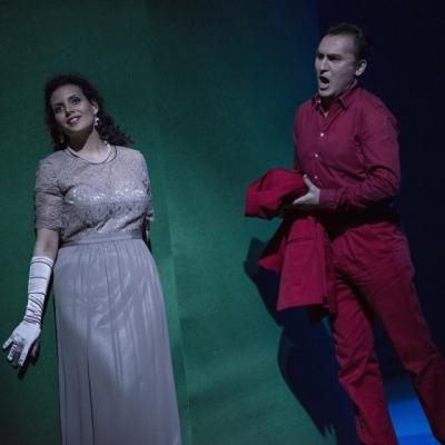 Sarah Ferede (Charlotte), Andrej Dunaev (Werther). Foto: Matthias Jung.