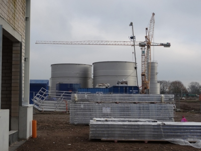 Das neue Tanklager von GS Recycling im Rhein-Lippe-Hafen in Wesel. Foto: Petra Grünendahl.
