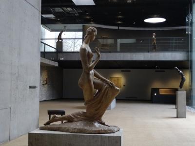 "Wilhelm Lehmbrucks ""Die Kniende"" (1911), Lehmbruck Museum Duisburg. Foto: Petra Grünendahl."