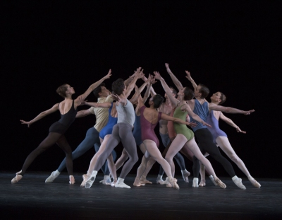 Jerome Robbins: Moves © The Jerome Robbins Rights Trust – Ensemble Foto: © Gert Weigelt.