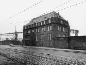 Das Verwaltungsgebäude der Didier-Werke in den frühen 1960-er Jahren. Das Gebäude steht noch, auch wenn das Betriebsgelände still gelegt worden ist.
