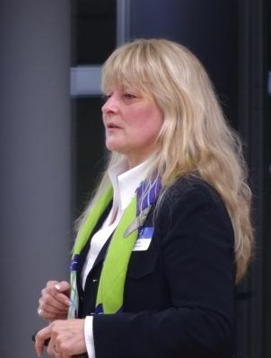 Jutta Stolle, Direktorin Gesellschafter und Nachhaltigkeit bei Haniel, berichtet vom Social Impact Lab in Duisburg. Foto: Petra Grünendahl.