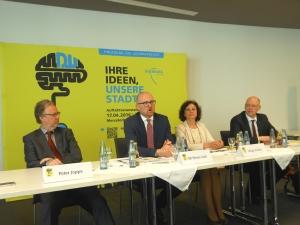 Stellten die Ideenwerkstatt zur Leitbildentwicklung vor (v. l.): Peter Joppa, Sören Link, Birgit Nellen und Marco Pfotenhauer. Foto: Petra Grünendahl.