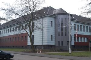 Das Schiffer-Berufskolleg Rhein am Bürgermeister-Wendel-Platz in Hmberg. Foto: Petra Grünendahl.