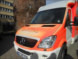 Das neue Fahrzeug der Mobilen medinzinischen AMbulanz des Vereins Gemeinsam gegen Kälte Duisburg e. V. Foto: Petra Grünendahl.